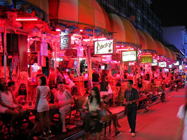 Gay Pattaya Guide 2018  gay bars clubs saunas hotels